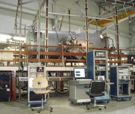 The IAPS plasma chamber